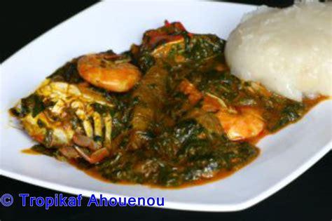 base cuisine togo sauce ademe akoume pâte à base de farine de maïs