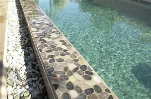 Carrelage Tour De Piscine : superbe tour de piscine en galet 8 carrelage sol ~ Edinachiropracticcenter.com Idées de Décoration