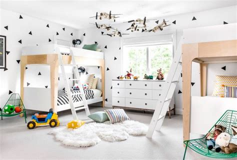 A Graphic Black-and-white Kids' Room Update