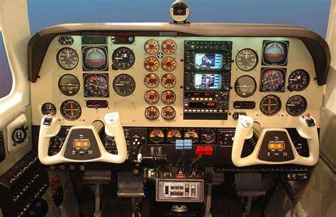 Beechcraft Baron B58 - Frasca Flight Simulation