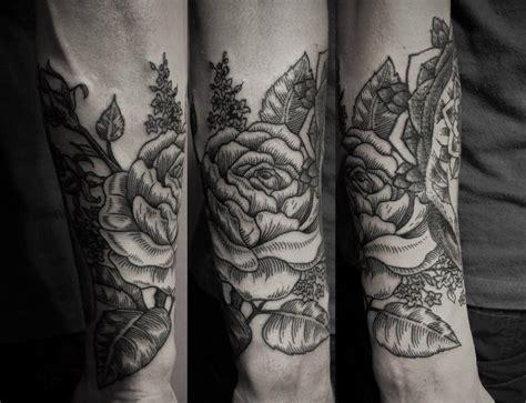ien levin  sleeve rose tattoo design