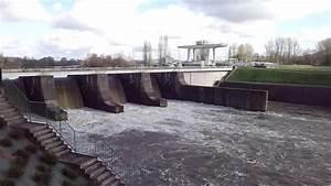 Golf De Villeneuve Sur Lot : le barrage de villeneuve sur lot 47 youtube ~ Medecine-chirurgie-esthetiques.com Avis de Voitures