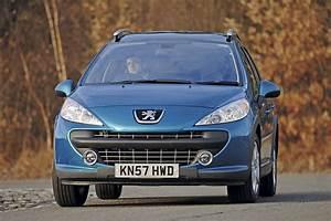 Peugeot 207 1 6 Hdi : peugeot 207 sw outdoor 1 6 hdi 207 sw outdoor vs roomster scout auto express ~ Medecine-chirurgie-esthetiques.com Avis de Voitures