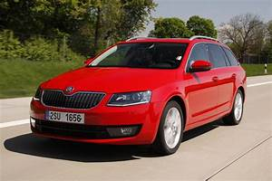 Skoda Octavia Combi : skoda octavia car technical data car specifications vehicle fuel consumption information ~ Medecine-chirurgie-esthetiques.com Avis de Voitures