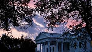 WH aides exposed to scrutiny over Russia meeting response ...