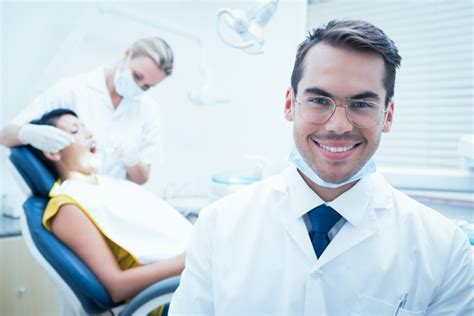 Dr Dentist by Dentist Or Orthodontist What S The Difference
