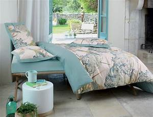 linge de lit agapanthe linvosges With affiche chambre bébé avec housse de couette fleurie bleue