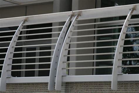 ringhiera acciaio prezzi ringhiere in ferro zincato per balconi prezzi capenteria