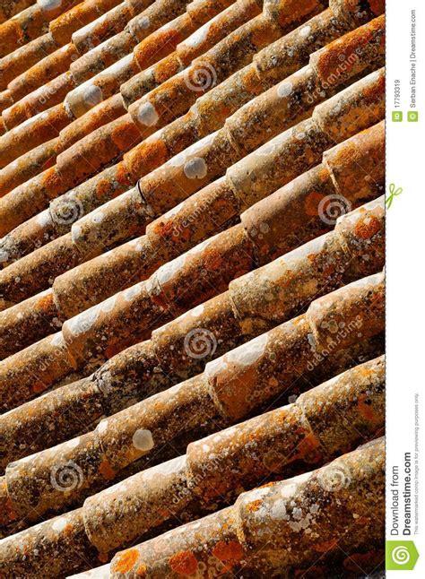 tuiles de toit rouges image stock image du toit modifie