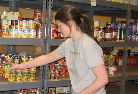 food pantries me millennials the new poor in the usa while seniors are the