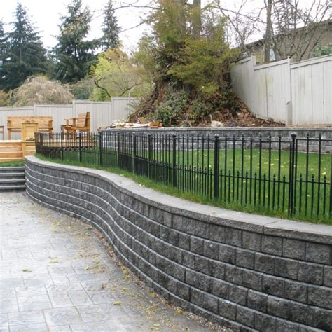 Pisa Retaining Wall by Pisa Ii Bellevue Seattle Retaining Walls