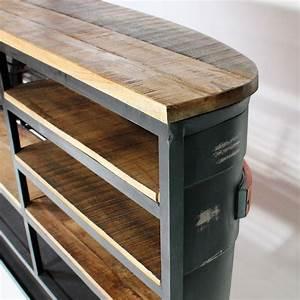 Bar Style Industriel : meuble bar industriel devant de camion tata made in meubles ~ Teatrodelosmanantiales.com Idées de Décoration