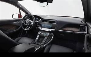 Range Rover La Centrale : le suv lectrique jaguar i pace se d voile et annonce ses prix l 39 automobile magazine ~ Medecine-chirurgie-esthetiques.com Avis de Voitures