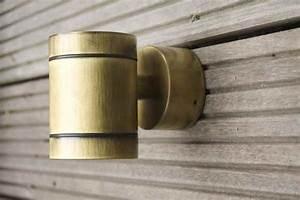 Kleine 2 Unten : kleine runde bronze wand au enleuchte nach unten strahlend ~ Orissabook.com Haus und Dekorationen