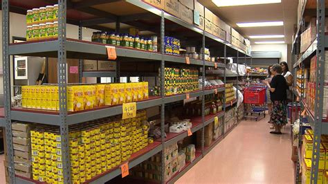 dallas food pantry food banks worry about possible snap cuts 171 cbs dallas