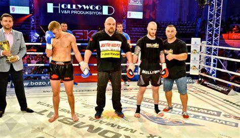 Maxim Bolotov il ironizeaza pe Pavel Voronin: S-a facut de ras! Ce a mai spus luptatorul de K-1 - YouTube