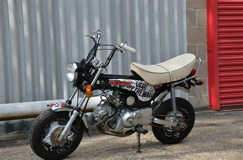 monkey bike honda dax style  special edition lots