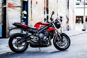 Street Triple S : 3 new street triple variants unveiled for 2017 bike review ~ Maxctalentgroup.com Avis de Voitures