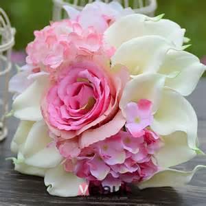 bouquet de fleurs mariage accessoires de mariée mariage bouquets detenant fleur artificielle fleur en soie lys calla