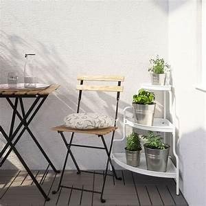 Ikea Table Balcon : quelles plantes choisir pour un balcon en plein soleil marie claire ~ Teatrodelosmanantiales.com Idées de Décoration