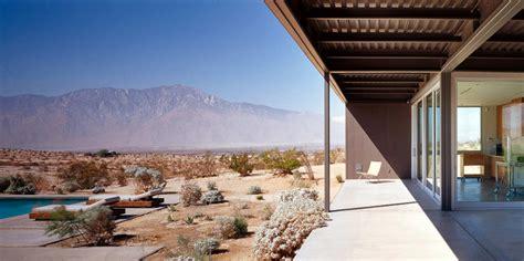 Prefab Desert House By Marmol Radziner