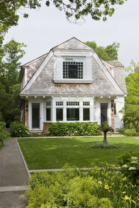 cottage style roof design 30 best images about roof styles on pinterest roof tiles gambrel and roof truss design