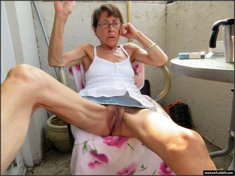 Slim granny showing her hairy...