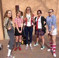 how to dress up like a nerd for school