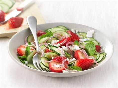 cucumber strawberry salad panera at home