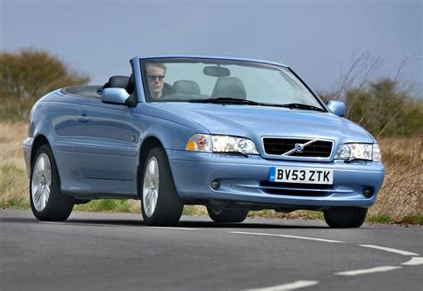 volvo  convertible   review parkers