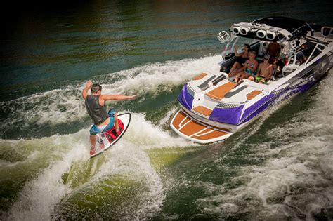 How A Wake Boat Works by Orlando Extreme Watersports Fest October 19 Orlando