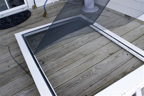 how to replace a screen door screen