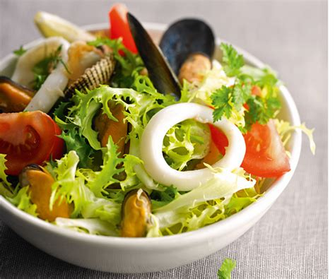 la cuisine de la mer entrée rapide avec astuce de cyril lignac salade de la mer