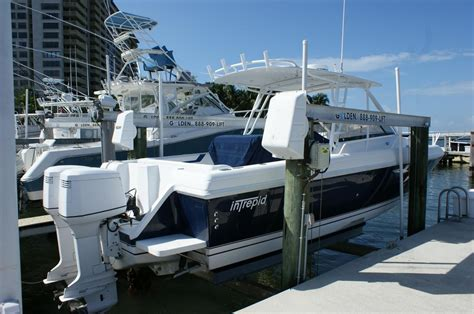 Intrepid Cabin Boats by 2001 Used Intrepid 348 Wa Cuddy Cabin Boat For Sale