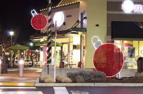 shopping mall christmas decorations christmas mall decor