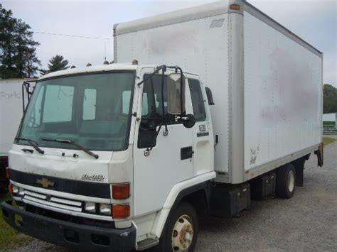 Isuzu Frr 1995 Chevrolet W5 Box Truck Used