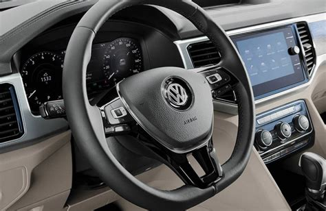 volkswagen atlas interior features