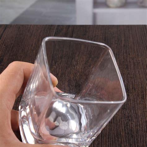 Bicchieri Di Cristallo by Bicchieri Di Cristallo Quadrato Di Vetro Di Di 10
