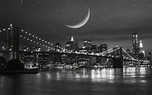 NYC Black and White Wallpaper
