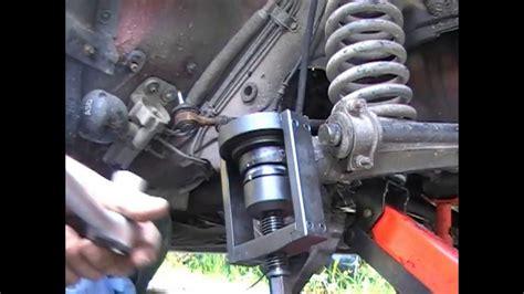 siege saxo changement de rotule de suspension inférieure sur mercedes