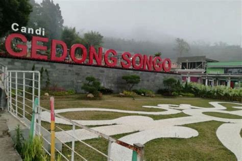 candi gedong songo  memberikan sensasi petualangan