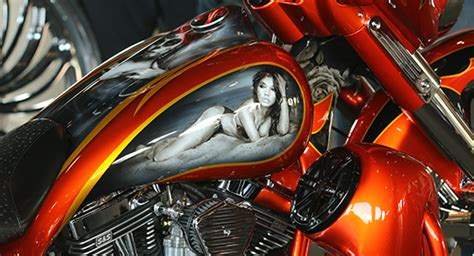 daytona bike week the perewitz ultimate custom motorcycle paint show at cyril huze