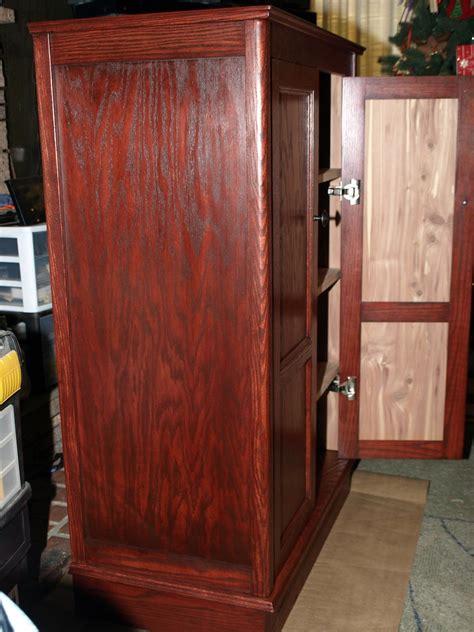 shauns cedar lined cabinet  wood whisperer