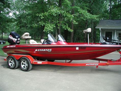 Stratos Boats Reviews by Topic Ski Boat Vs Fishing Boat Junk