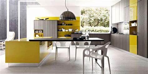 cuisine gris jaune la cuisine en voit de toutes les couleurs inspiration