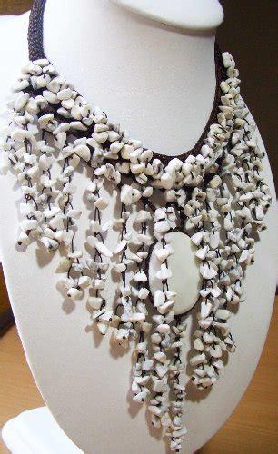 vintage costume jewelry necklace semi precious stone