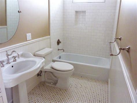 Beadboard Bathroom : Home Bunch Interior Design Ideas