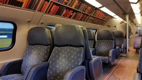 Libreria Europa Bolzano by Con La Biblioteca Mobile Viaggiare In Treno Non Sar 224 Pi 249