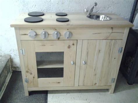 cuisine pour enfants en bois cuisine enfant par stephane68 sur l 39 air du bois