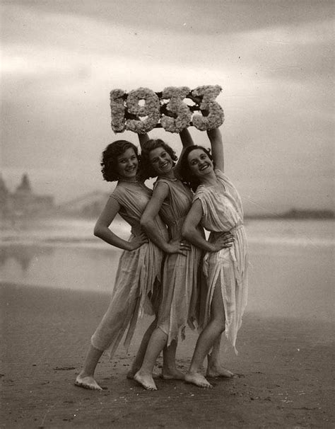 vintage women greeting  year  swimsuits